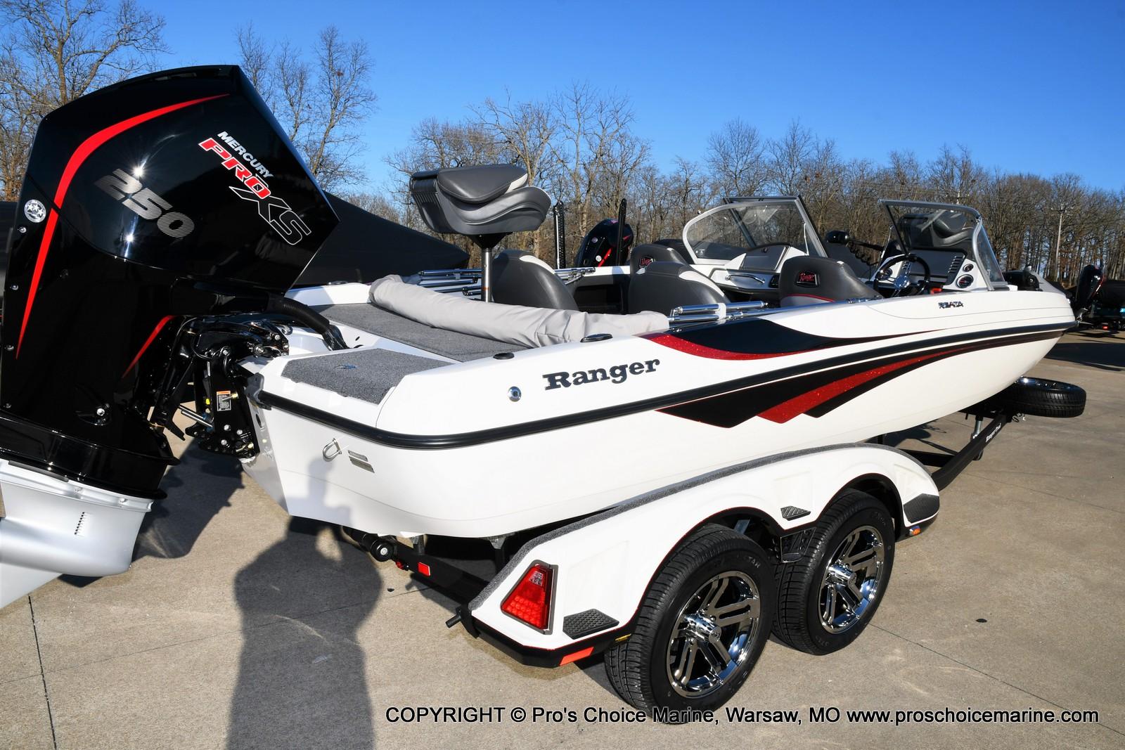 2021 Ranger Boats boat for sale, model of the boat is 212LS w/250HP Mercury Pro-XS 4 Stroke & Image # 24 of 50