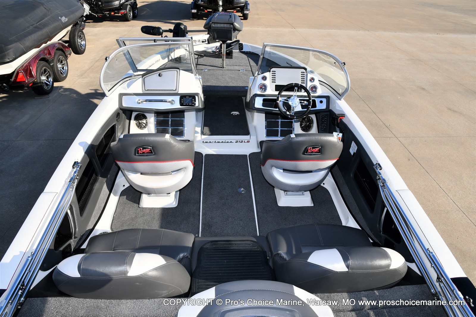 2021 Ranger Boats boat for sale, model of the boat is 212LS w/250HP Mercury Pro-XS 4 Stroke & Image # 5 of 50