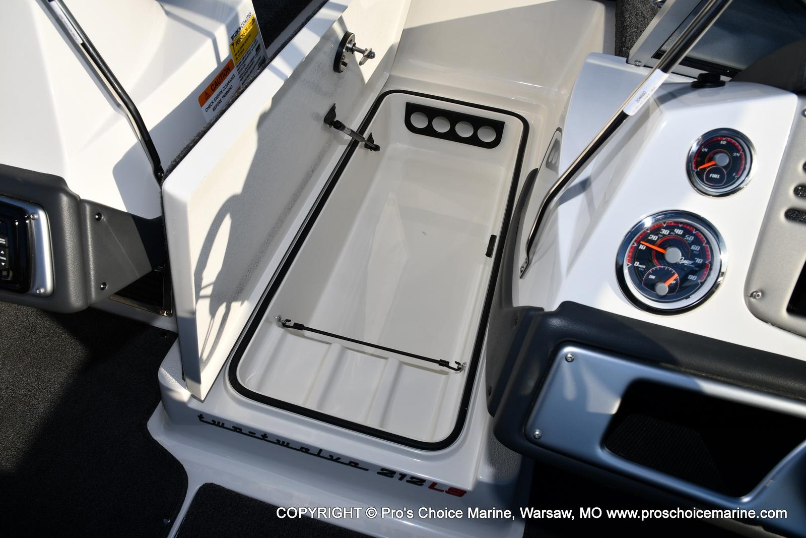 2021 Ranger Boats boat for sale, model of the boat is 212LS w/250HP Mercury Pro-XS 4 Stroke & Image # 8 of 50