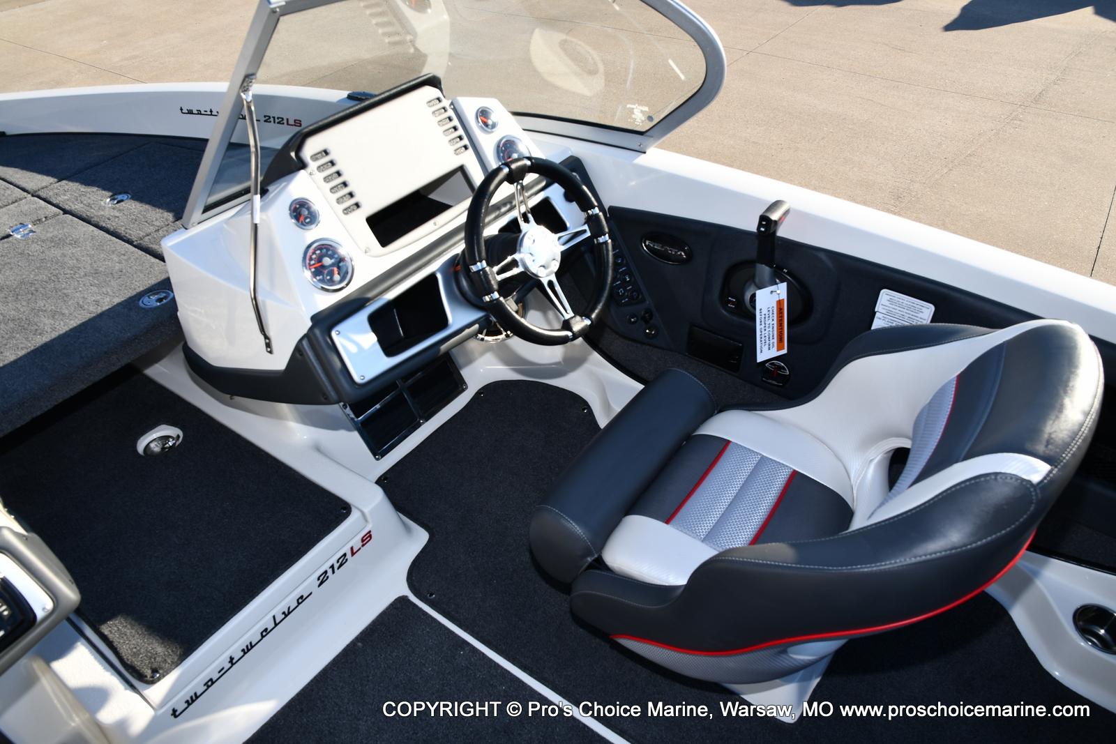 2021 Ranger Boats boat for sale, model of the boat is 212LS w/250HP Mercury Pro-XS 4 Stroke & Image # 43 of 50