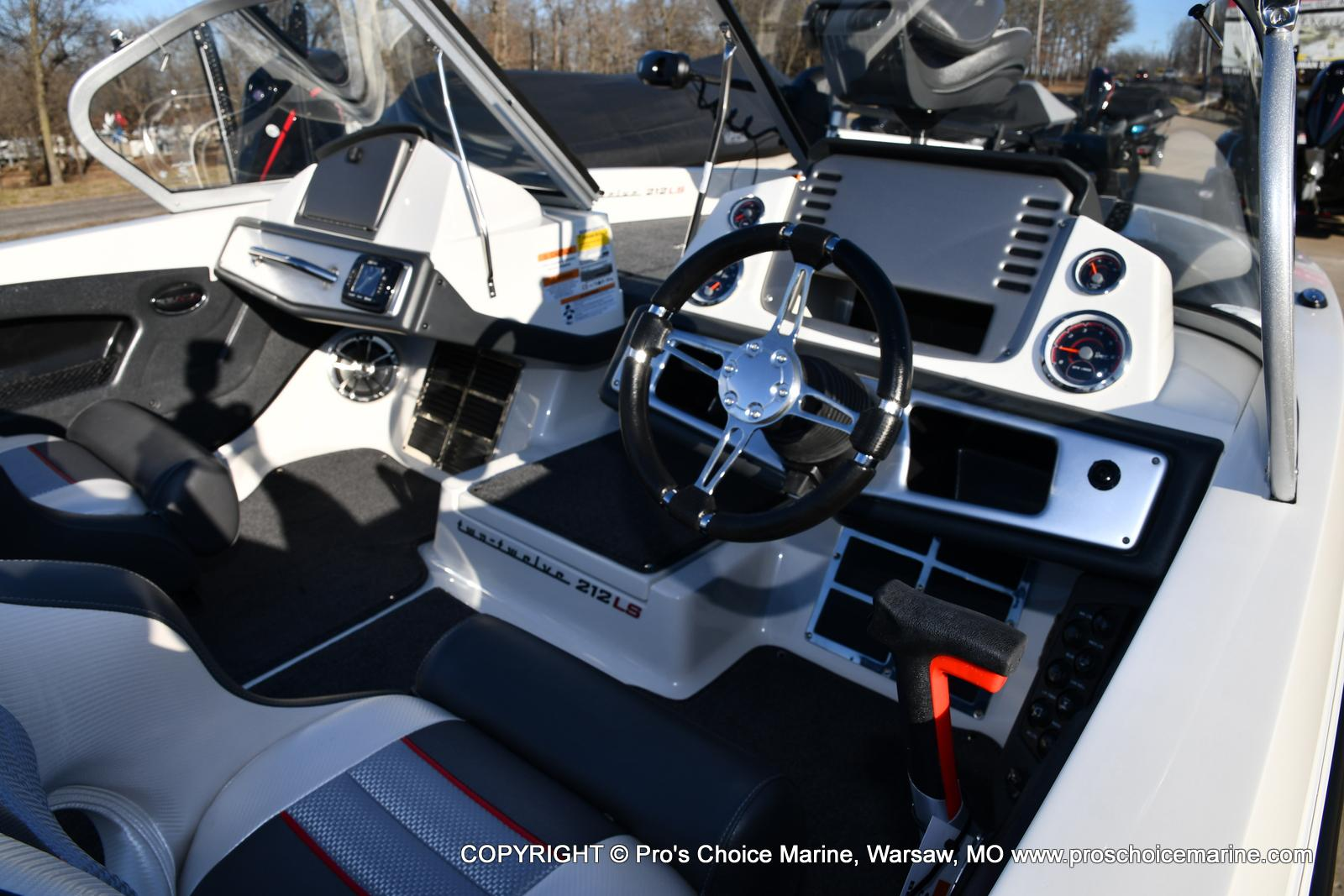 2021 Ranger Boats boat for sale, model of the boat is 212LS w/250HP Mercury Pro-XS 4 Stroke & Image # 42 of 50