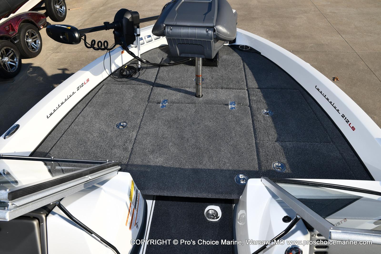 2021 Ranger Boats boat for sale, model of the boat is 212LS w/250HP Mercury Pro-XS 4 Stroke & Image # 44 of 50