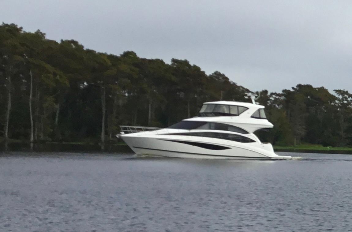 2013 Meridian 541 Sedan