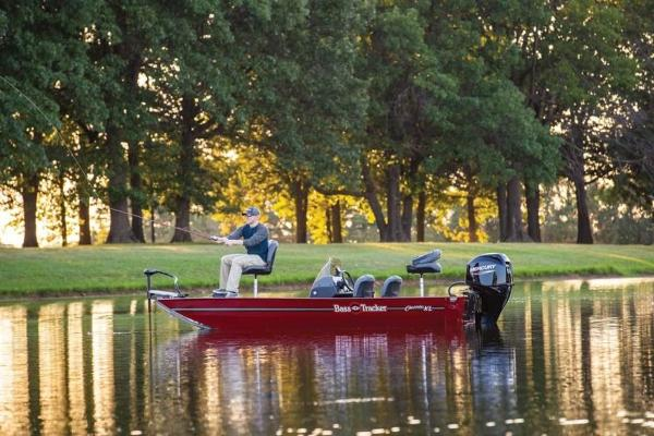 2022 Tracker Boats boat for sale, model of the boat is BASS TRACKER® Classic XL & Image # 20 of 23