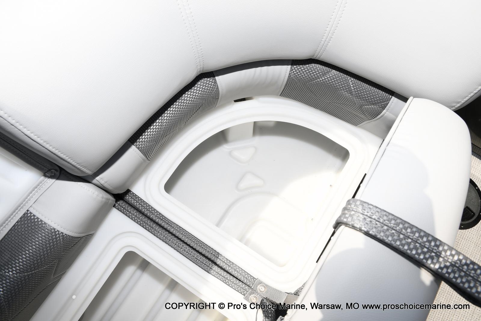 2021 Regency boat for sale, model of the boat is 250 LE3 & Image # 9 of 50
