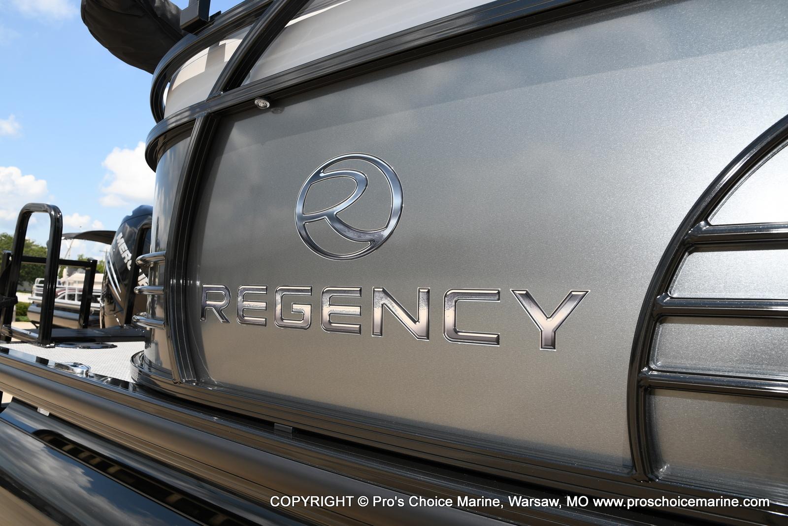 2021 Regency boat for sale, model of the boat is 250 LE3 & Image # 34 of 50