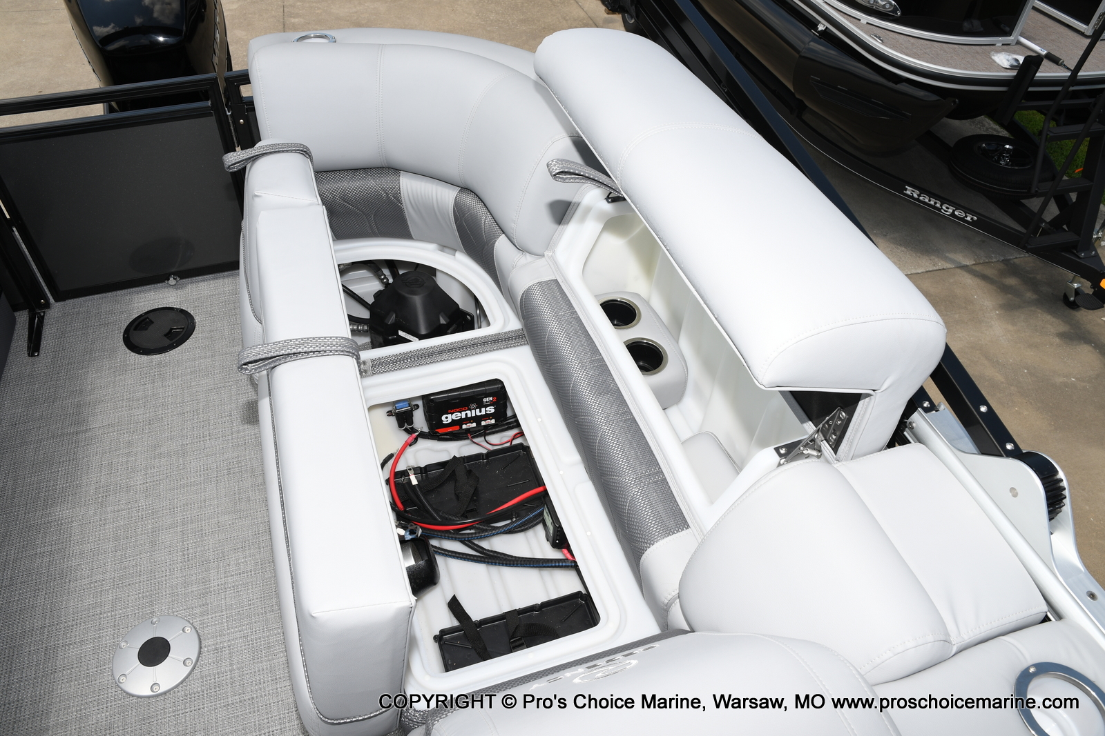 2021 Regency boat for sale, model of the boat is 250 LE3 & Image # 28 of 50