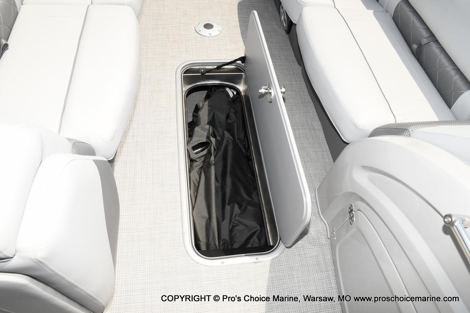 2021 Regency boat for sale, model of the boat is 250 LE3 & Image # 30 of 50