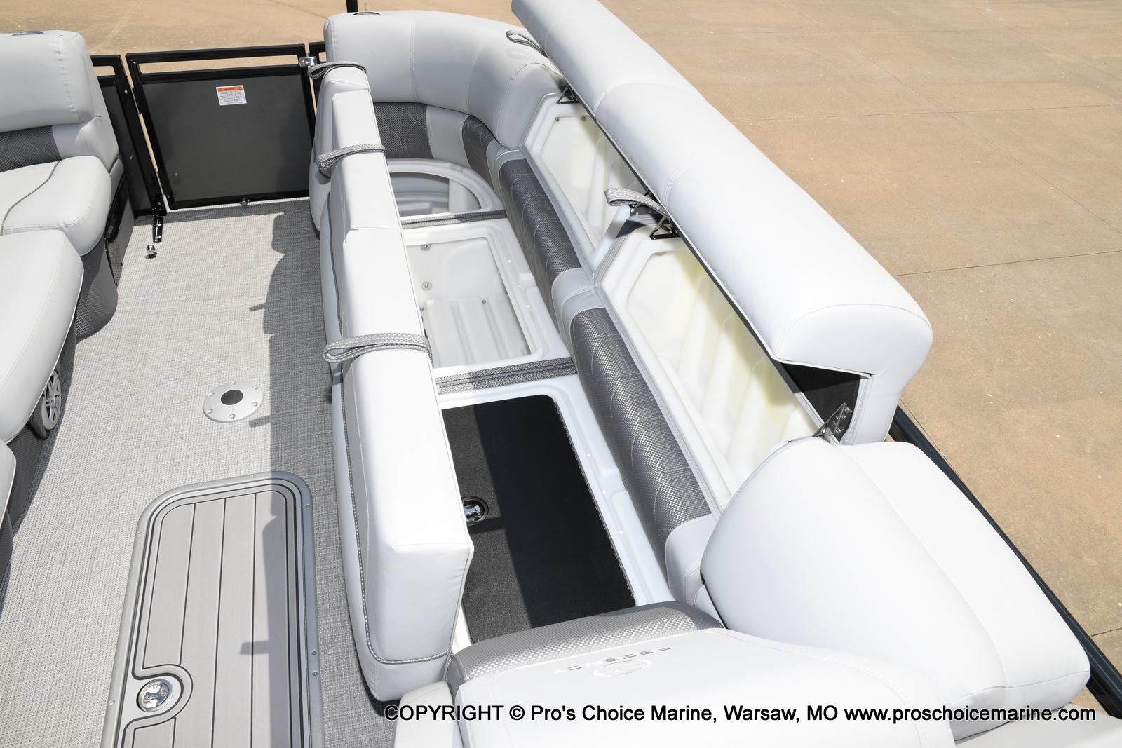 2021 Regency boat for sale, model of the boat is 250 LE3 & Image # 33 of 50