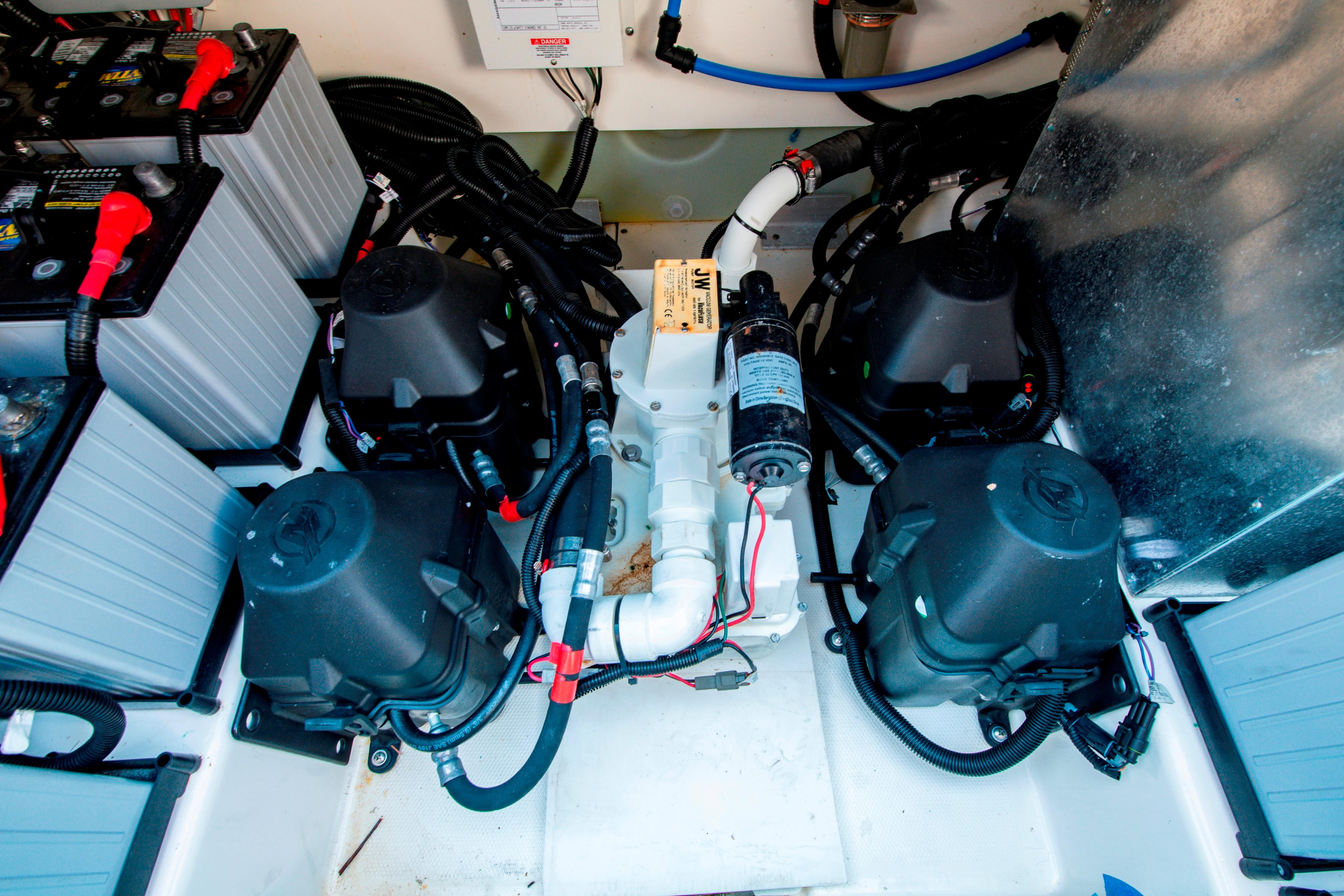 42' Boston Whaler 420 Outrage Engine Room