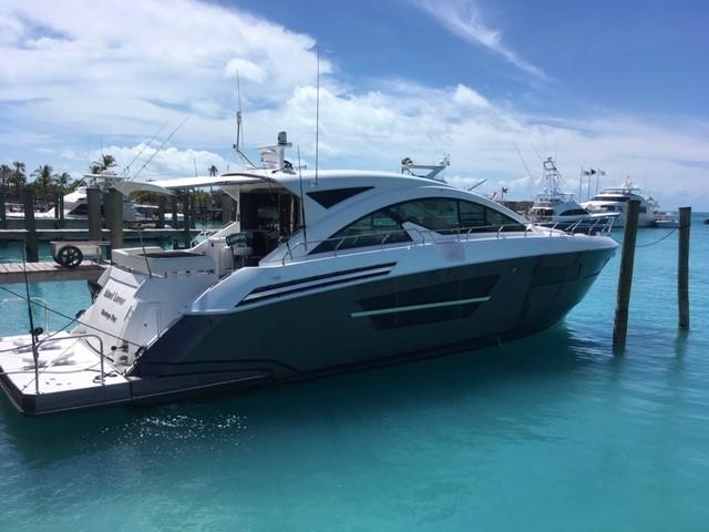 60' Cruisers Yachts 2017