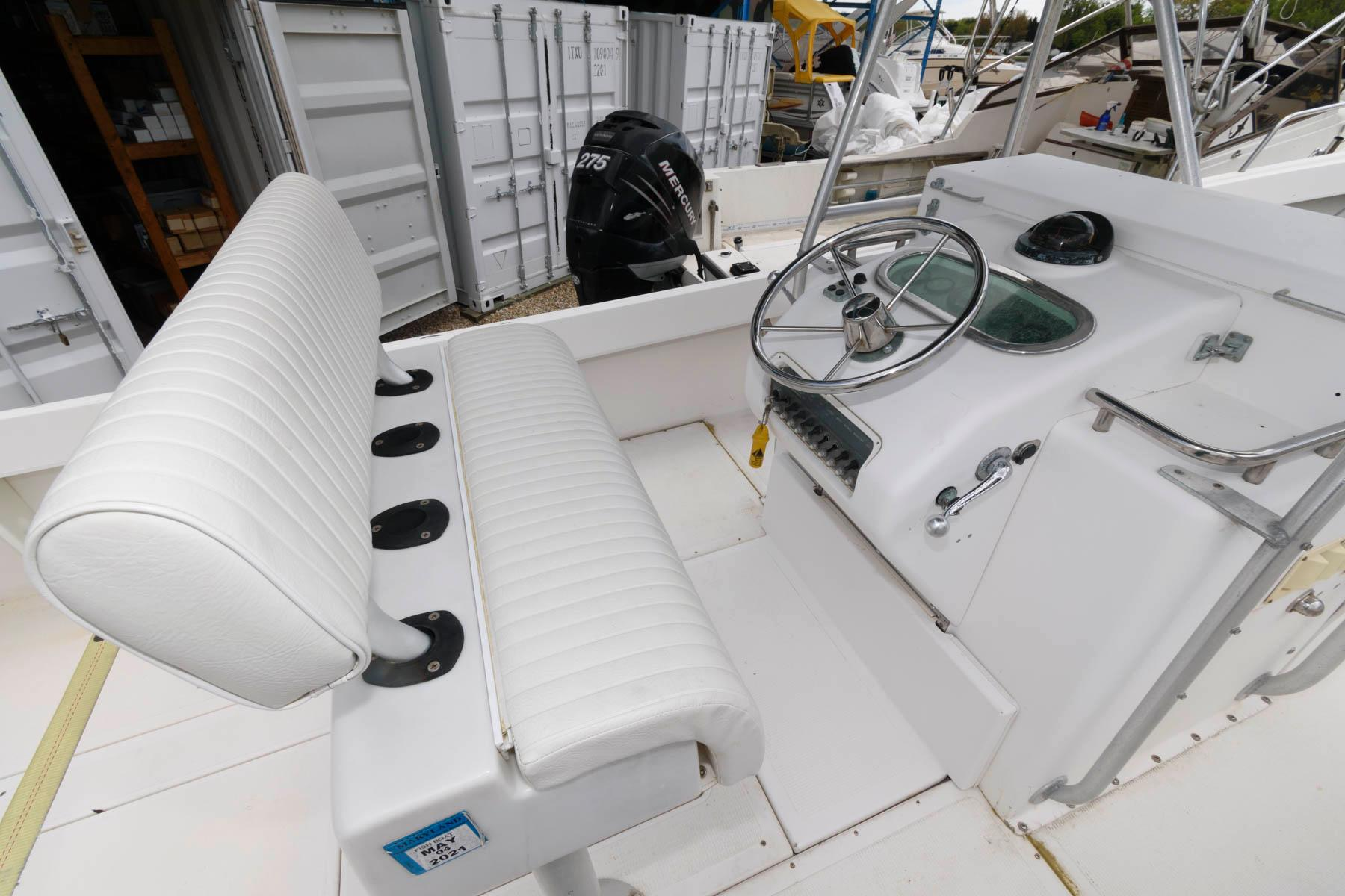 M 6094 WT Knot 10 Yacht Sales