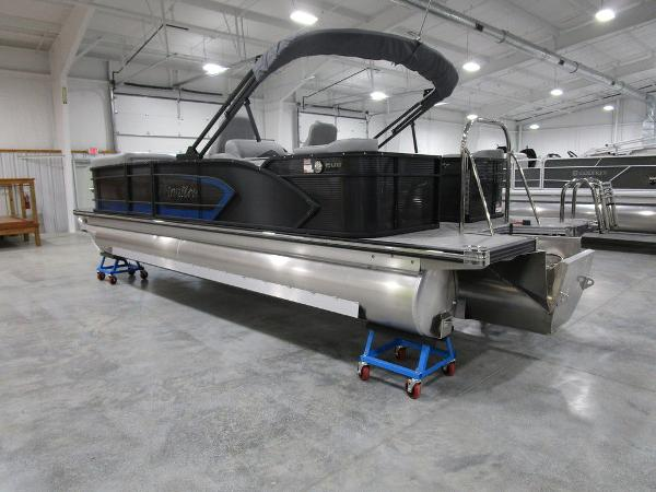 2021 Manitou boat for sale, model of the boat is SR 23 Encore SHP 373 & Image # 5 of 56