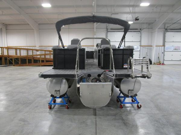 2021 Manitou boat for sale, model of the boat is SR 23 Encore SHP 373 & Image # 12 of 56