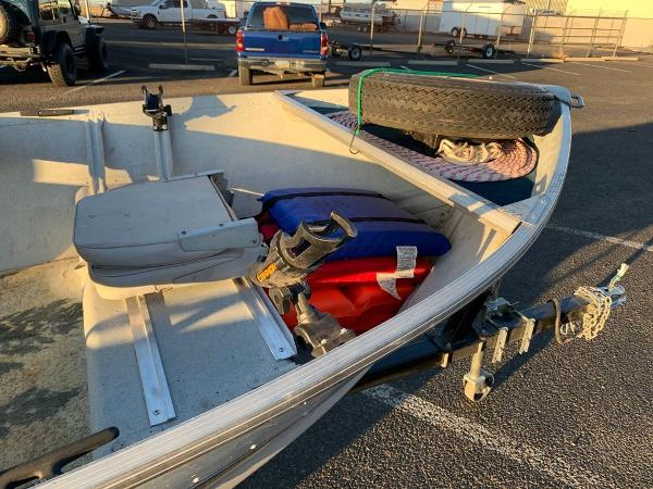 1993 Smoker Craft boat for sale, model of the boat is Alaskan 14 & Image # 9 of 14