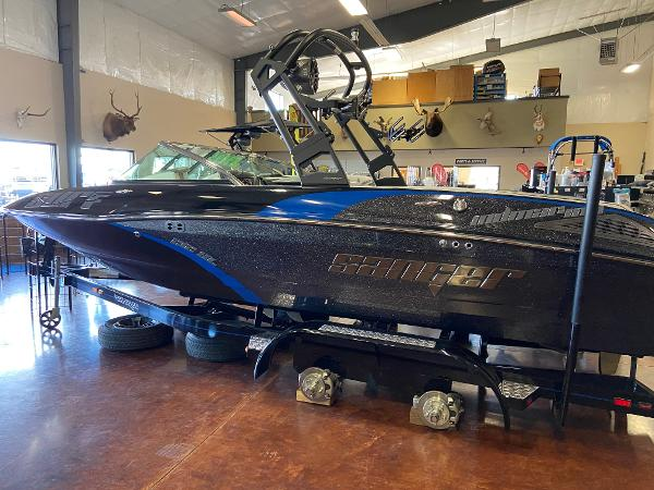 2021 Sanger boat for sale, model of the boat is 212SL & Image # 1 of 15