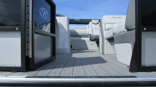 2021 Bentley boat for sale, model of the boat is Elite 223 Swingback Full Tube & Image # 9 of 60