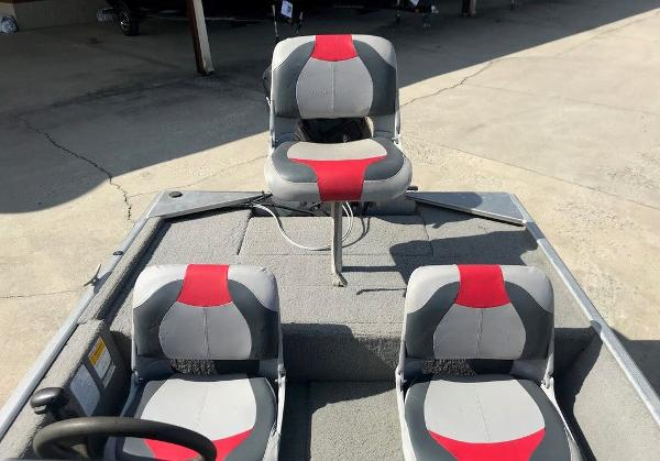 2010 Tracker Boats boat for sale, model of the boat is Pro 16 & Image # 12 of 12