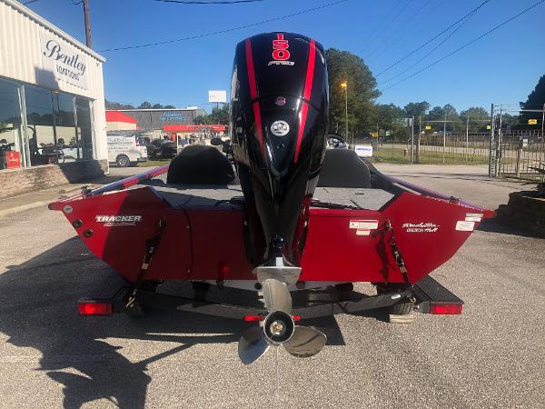 2021 Tracker Boats boat for sale, model of the boat is Pro Team 195 TXW Tournament Edition & Image # 2 of 33