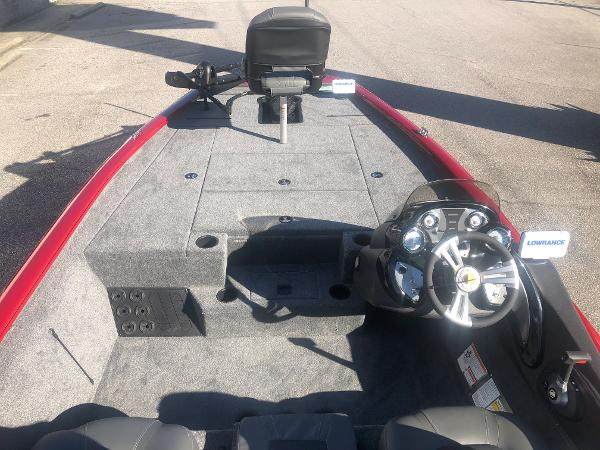 2021 Tracker Boats boat for sale, model of the boat is Pro Team 195 TXW Tournament Edition & Image # 8 of 33