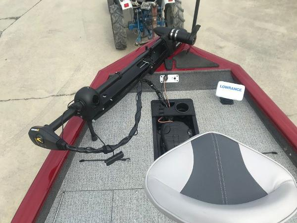 2020 Tracker Boats boat for sale, model of the boat is Pro Team™ 190 TX & Image # 7 of 13