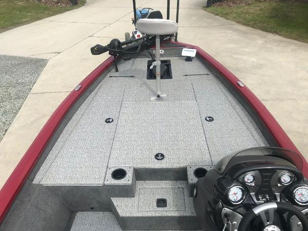 2020 Tracker Boats boat for sale, model of the boat is Pro Team™ 190 TX & Image # 10 of 13