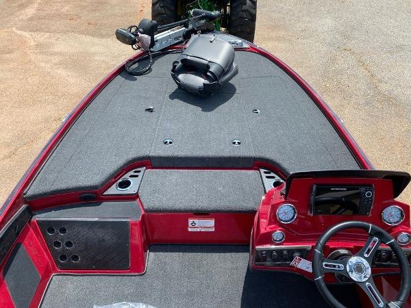 2020 Nitro boat for sale, model of the boat is Z18 Pro & Image # 3 of 11