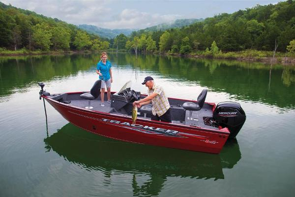 2021 Tracker Boats boat for sale, model of the boat is Pro Guide V-175 SC & Image # 3 of 66