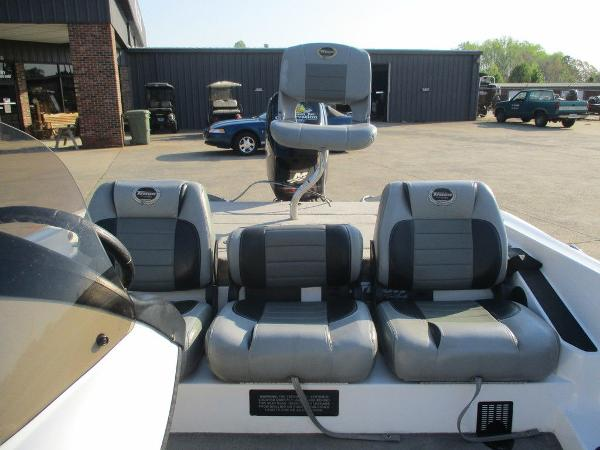 2008 Triton boat for sale, model of the boat is 17 Explorer & Image # 10 of 12