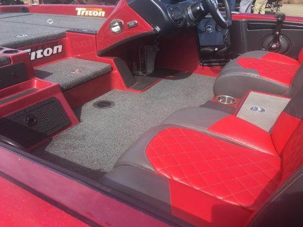 2018 Triton boat for sale, model of the boat is 21 TRX & Image # 10 of 10
