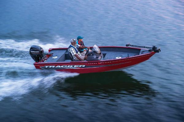 2022 Tracker Boats boat for sale, model of the boat is Super Guide V-16 SC & Image # 4 of 48