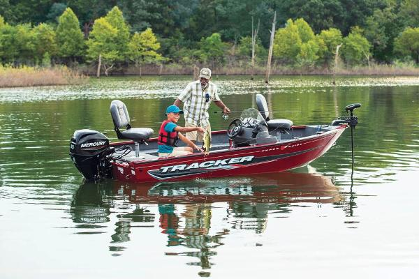 2022 Tracker Boats boat for sale, model of the boat is Super Guide V-16 SC & Image # 6 of 48