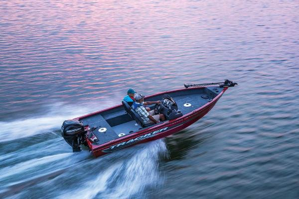2022 Tracker Boats boat for sale, model of the boat is Super Guide V-16 SC & Image # 7 of 48