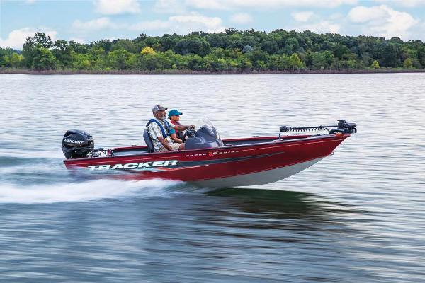 2022 Tracker Boats boat for sale, model of the boat is Super Guide V-16 SC & Image # 10 of 48