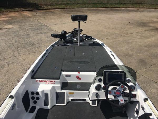 2015 Bass Cat Boats boat for sale, model of the boat is Cougar FTD & Image # 2 of 10