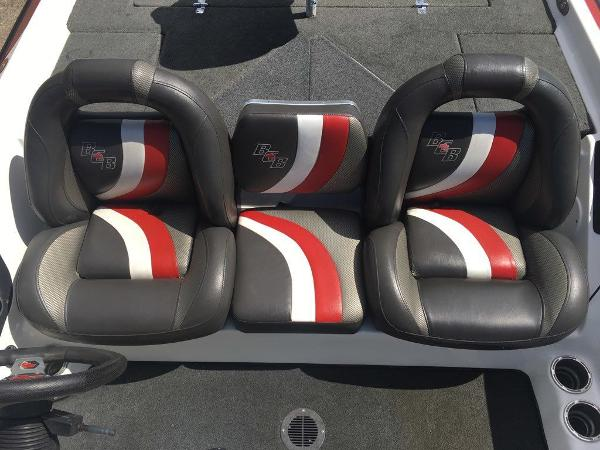 2015 Bass Cat Boats boat for sale, model of the boat is Cougar FTD & Image # 5 of 10