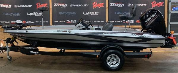 2016 Triton boat for sale, model of the boat is 189 TRX & Image # 1 of 15