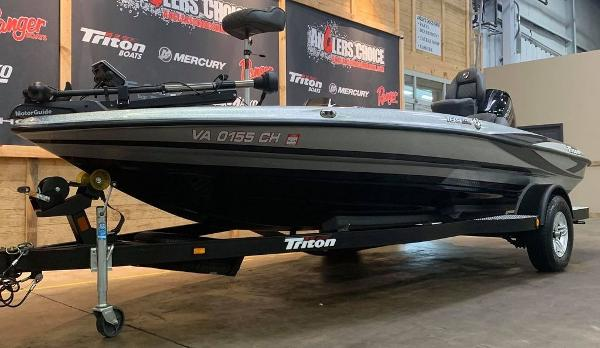 2016 Triton boat for sale, model of the boat is 189 TRX & Image # 3 of 15