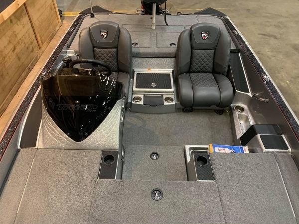 2016 Triton boat for sale, model of the boat is 189 TRX & Image # 10 of 15