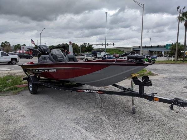 2021 Tracker Boats boat for sale, model of the boat is Pro Team 175 TXW® & Image # 1 of 36