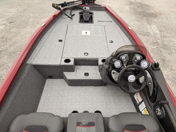 2021 Tracker Boats boat for sale, model of the boat is Pro Team 175 TXW® & Image # 14 of 36