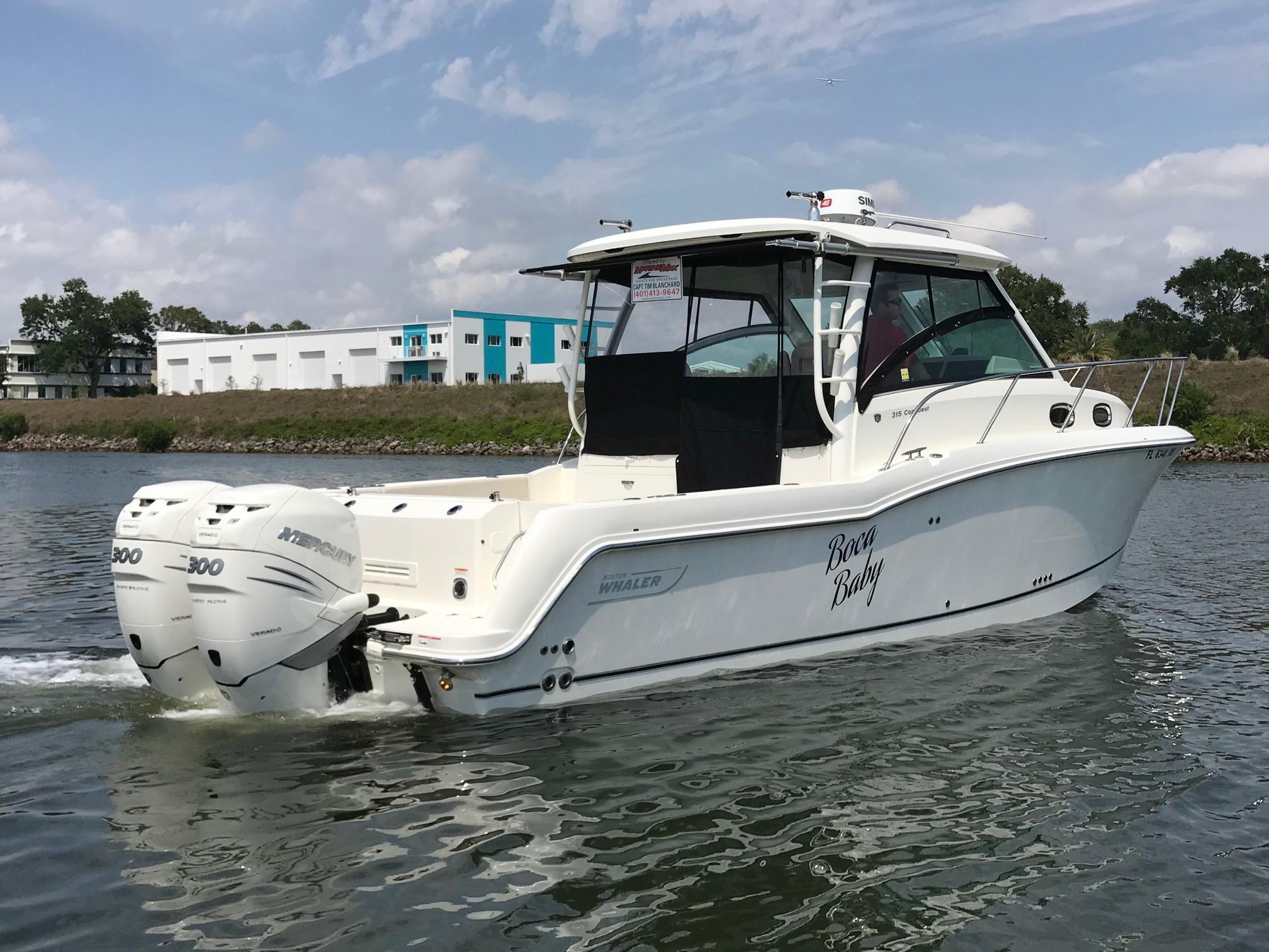 2018 Boston Whaler 315 Conquest