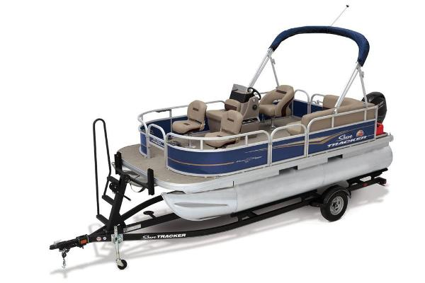 2021 Sun Tracker boat for sale, model of the boat is BASS BUGGY 16 XL SELECT & Image # 1 of 87