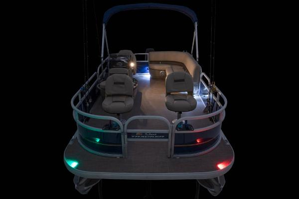 2021 Sun Tracker boat for sale, model of the boat is BASS BUGGY 16 XL SELECT & Image # 42 of 87