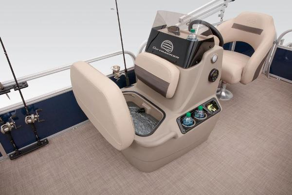 2021 Sun Tracker boat for sale, model of the boat is BASS BUGGY 16 XL SELECT & Image # 45 of 87