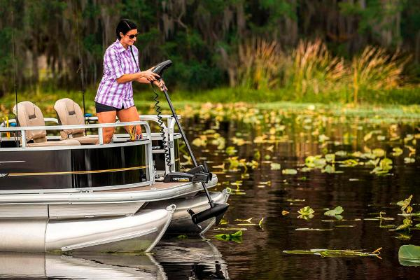 2021 Sun Tracker boat for sale, model of the boat is BASS BUGGY 16 XL SELECT & Image # 72 of 87