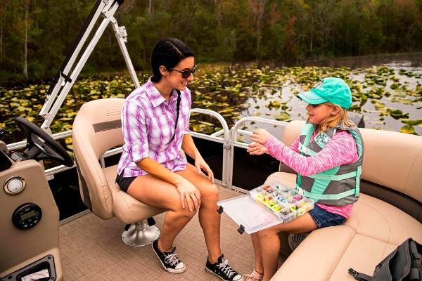2021 Sun Tracker boat for sale, model of the boat is BASS BUGGY 16 XL SELECT & Image # 77 of 87