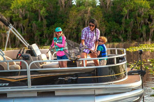 2021 Sun Tracker boat for sale, model of the boat is BASS BUGGY 16 XL SELECT & Image # 85 of 87