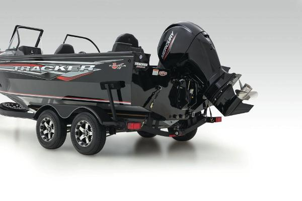 2021 Tracker Boats boat for sale, model of the boat is Targa V-19 Combo Tournament Edition & Image # 16 of 69