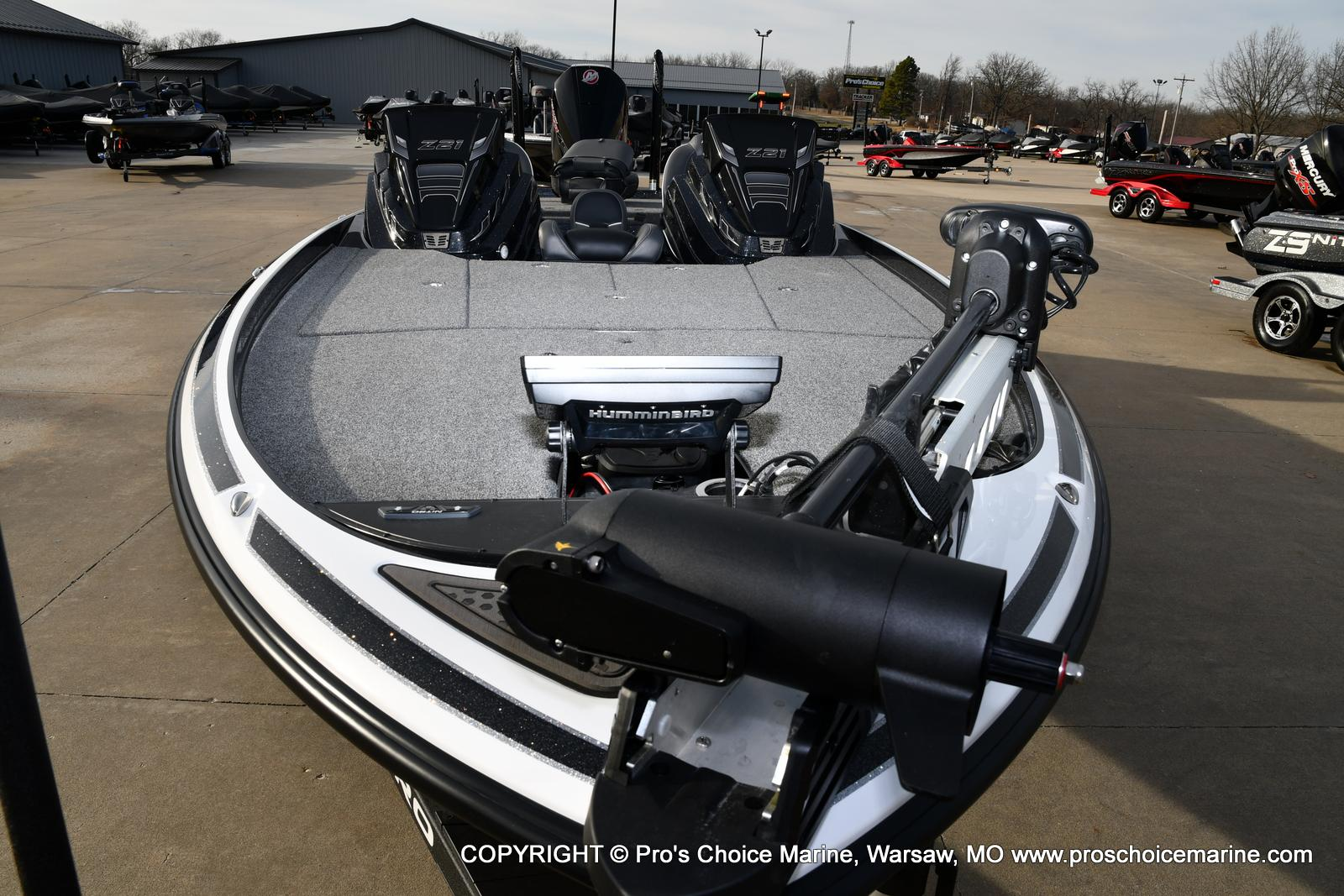 2021 Nitro boat for sale, model of the boat is Z21 Pro Package DUAL CONSOLE & Image # 33 of 50